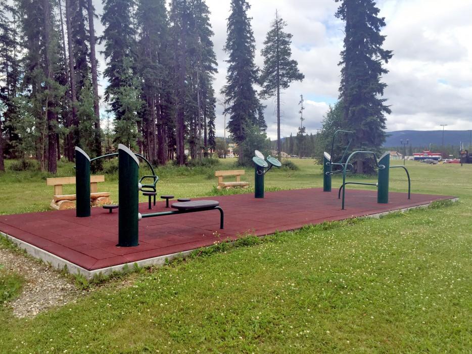 Tumbler Ridge Outdoor Fitness Park