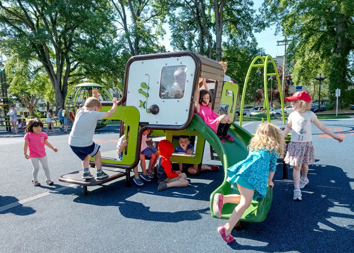 Victoria Courthouse Playground SmartPlay Cube