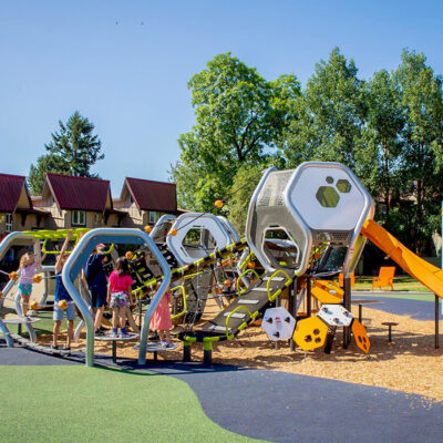 hedra playground structure at vancouver's ash park